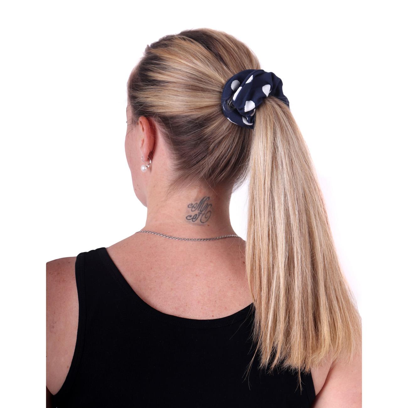 Látková gumička do vlasů, velká, modrá s puntíky