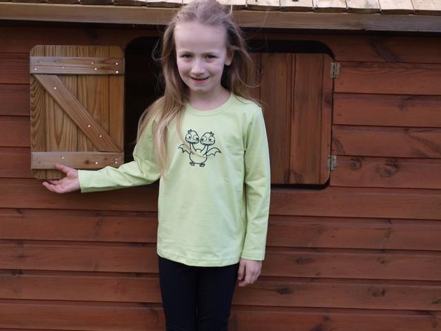 Children's T-shirt, long sleeve, light green