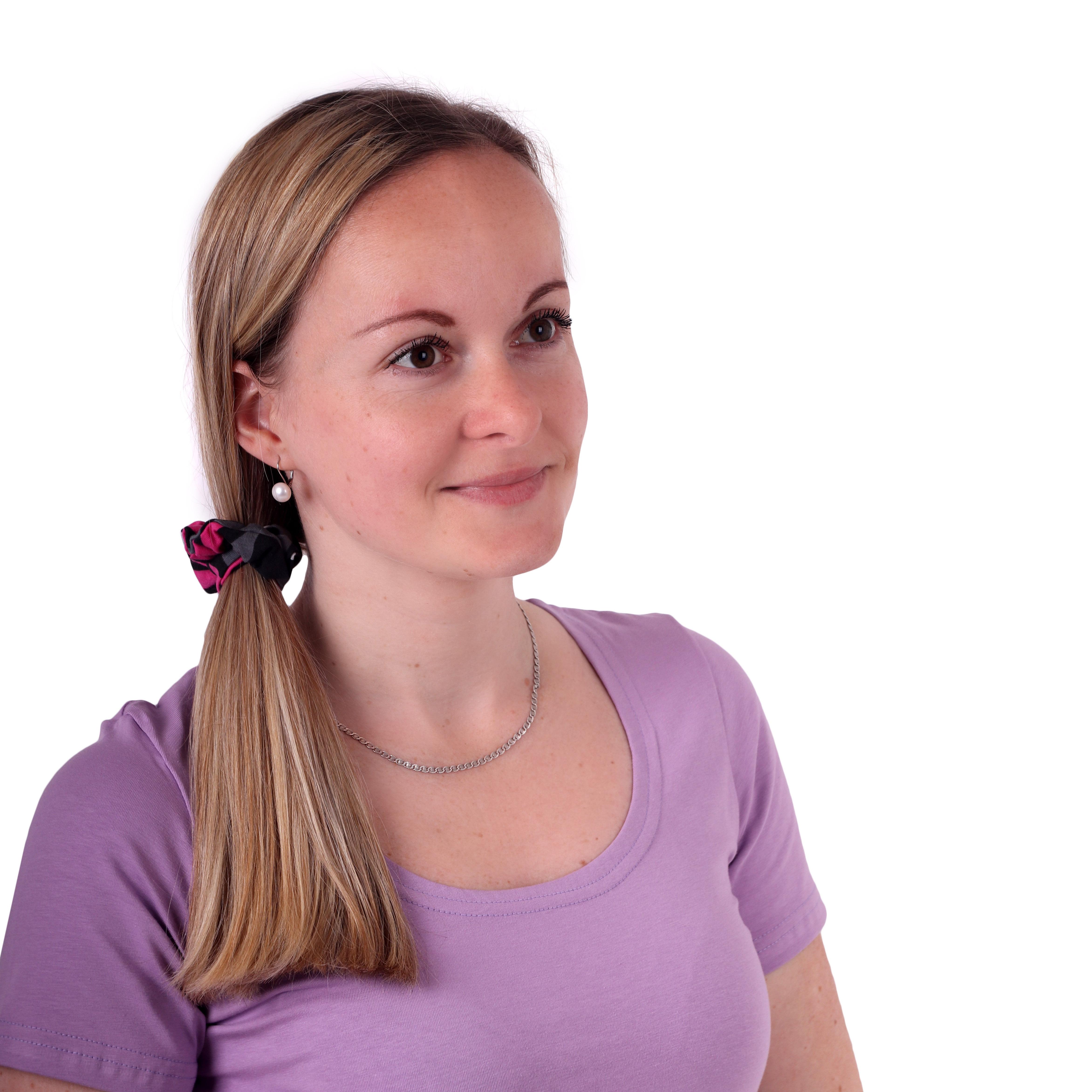 Látková gumička do vlasů, malá, vzorovaná černo-šedo-růžová