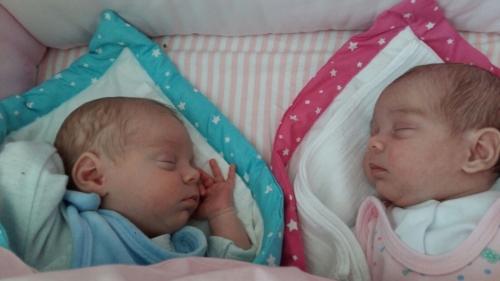 První měsíc s dvojčátky – maminka v říší divů